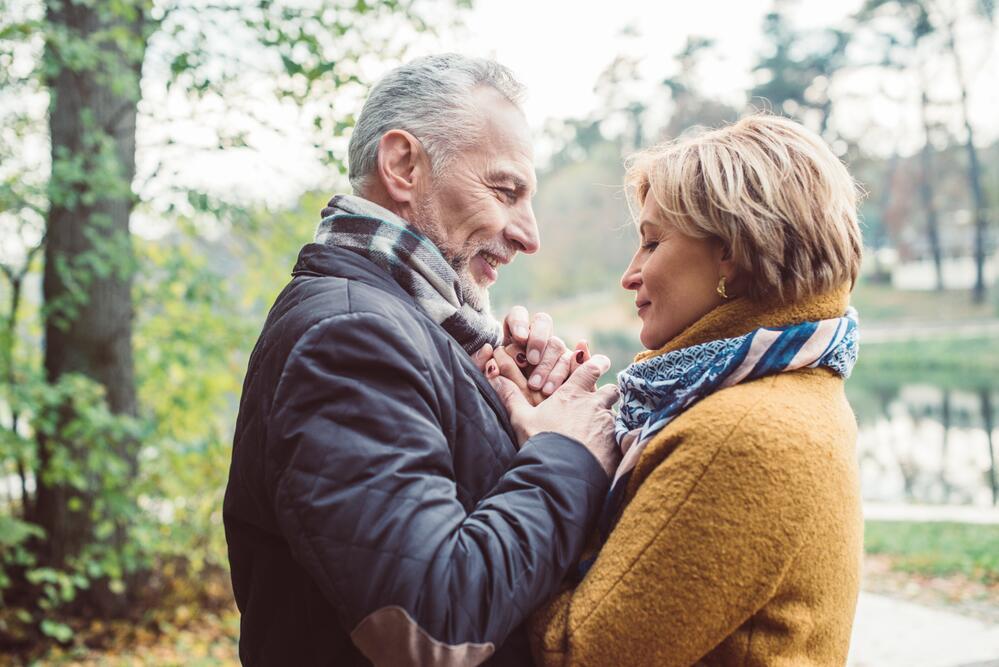 """Картинки по запросу """"10 способов обновить свою сексуальную жизнь в старости"""""""